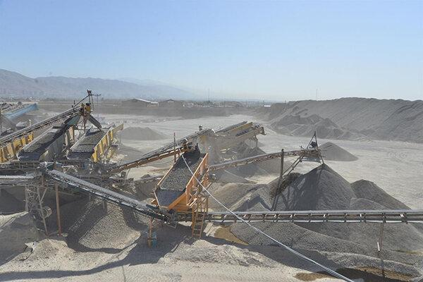 ممنوعیت فعالیت معادن شن و ماسه در پاکدشت
