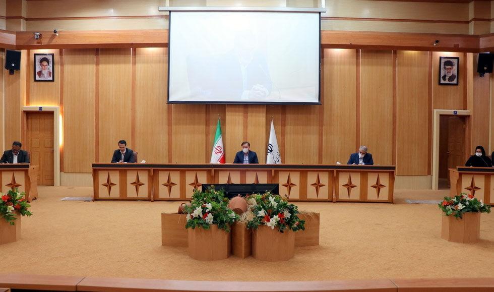 خبرنگاران دانشگاهیان در تدوین اطلس سرمایه گذاری استان مشارکت کنند